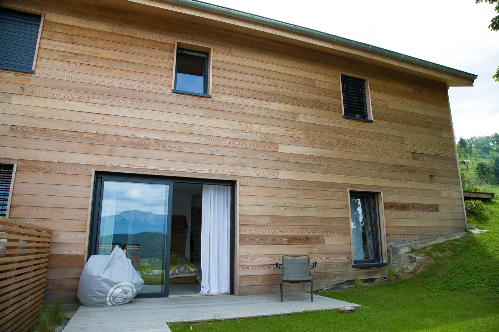 Comparatif des prix de bardage en bois for Differente toiture maison