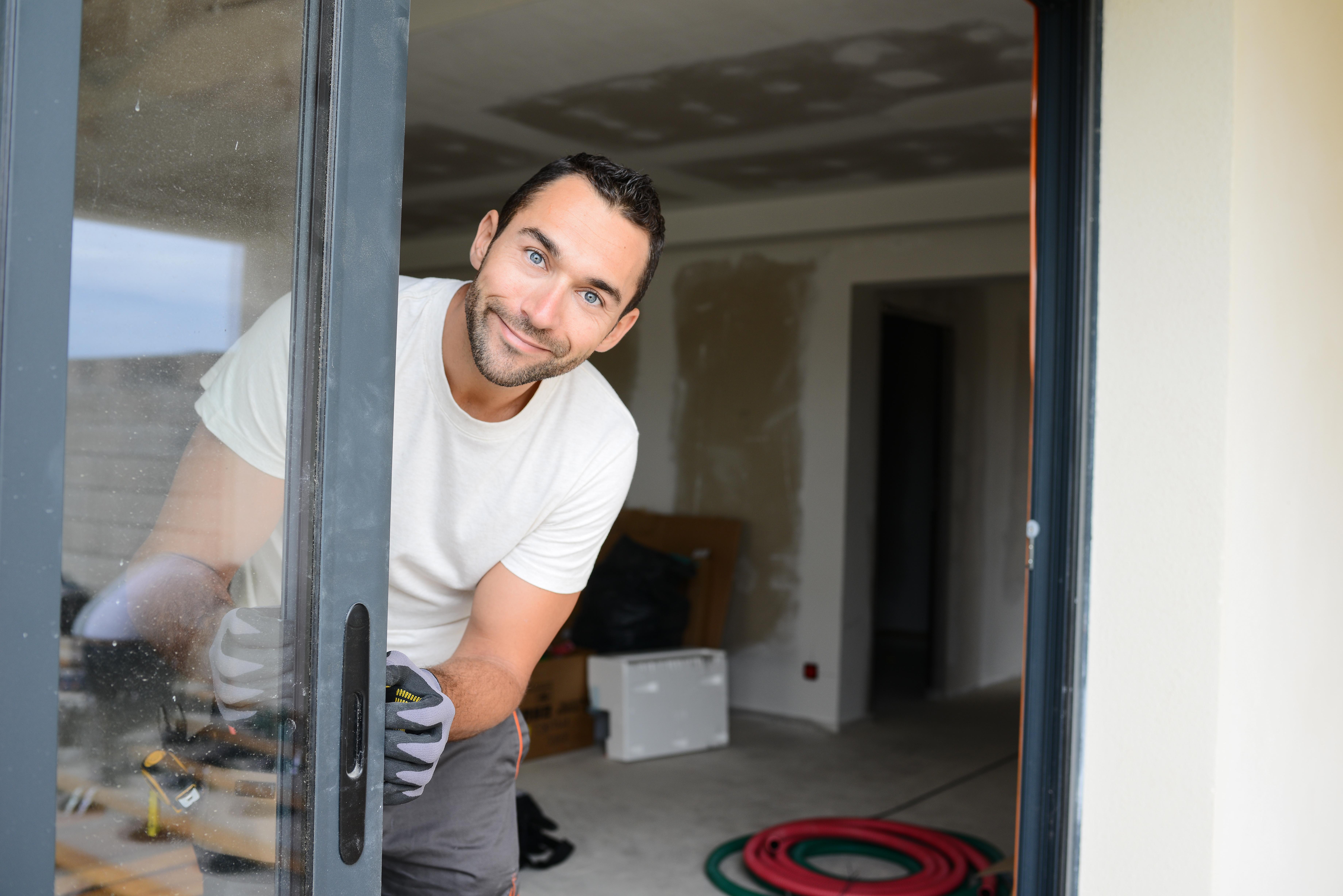 Faire Une Fenetre Dans Un Mur Porteur Prix tarifs de pose d'une fenêtre et conseils de choix